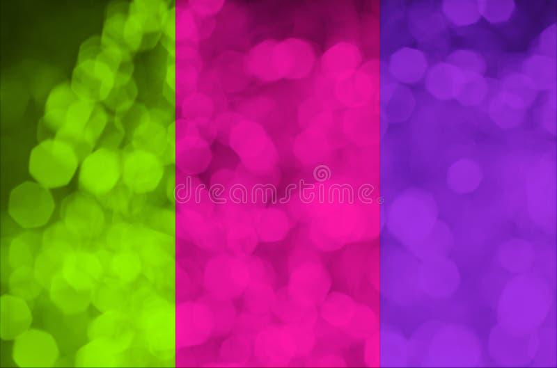 2019 Kleurentendens Een trio van helder neon-gekleurd roze plastiek, groene ufo, protonpurple, gestemde foto Abstracte Bokeh royalty-vrije stock foto