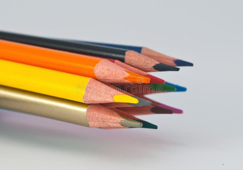 Kleurpotloden voor school, die toebehoren, bureaulevering trekken royalty-vrije stock fotografie
