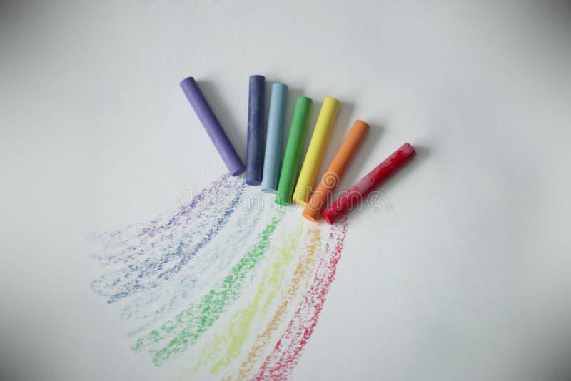 Kleurpotloden voor tekening het concept kinderen` s creativiteit royalty-vrije stock foto