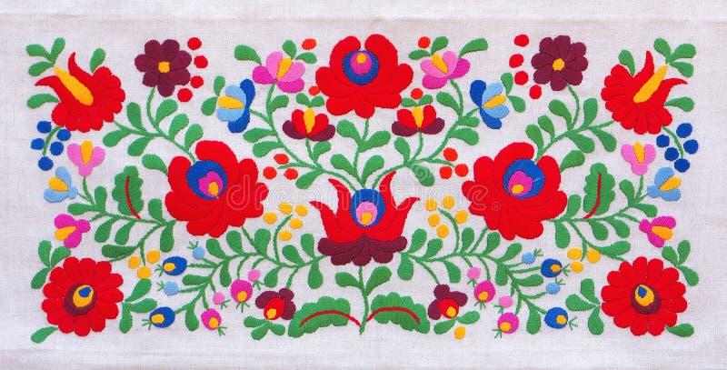 Kleurrijk borduurwerk stock foto's