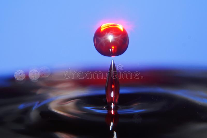 Kleurrijk de plons listig close-up van de Waterdaling stock foto's