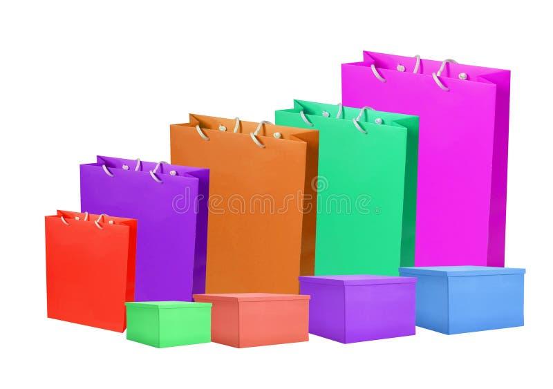 Kleurrijk die document het winkelen zakken en vakje op wit worden geïsoleerd royalty-vrije stock afbeelding