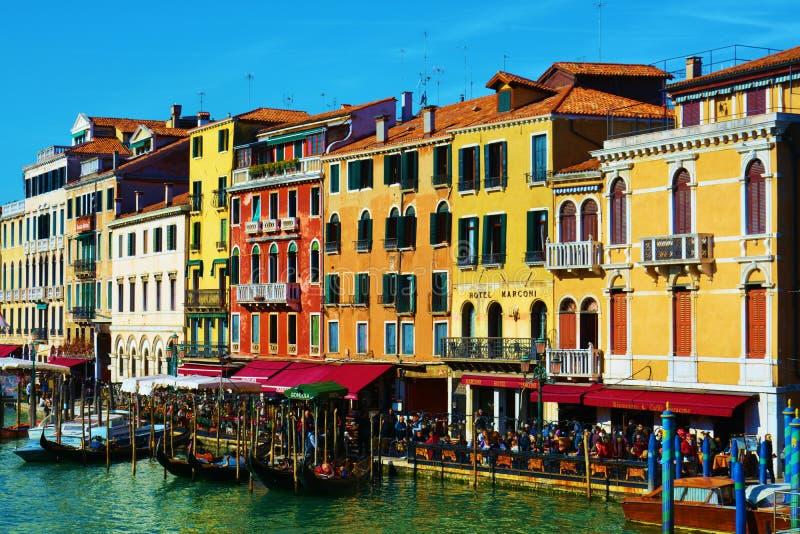 Kleurrijk Grand Canal in Venetië, Italië, Europa stock afbeelding