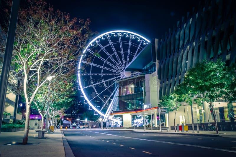 Kleurrijk Reuzenrad in nacht stock fotografie