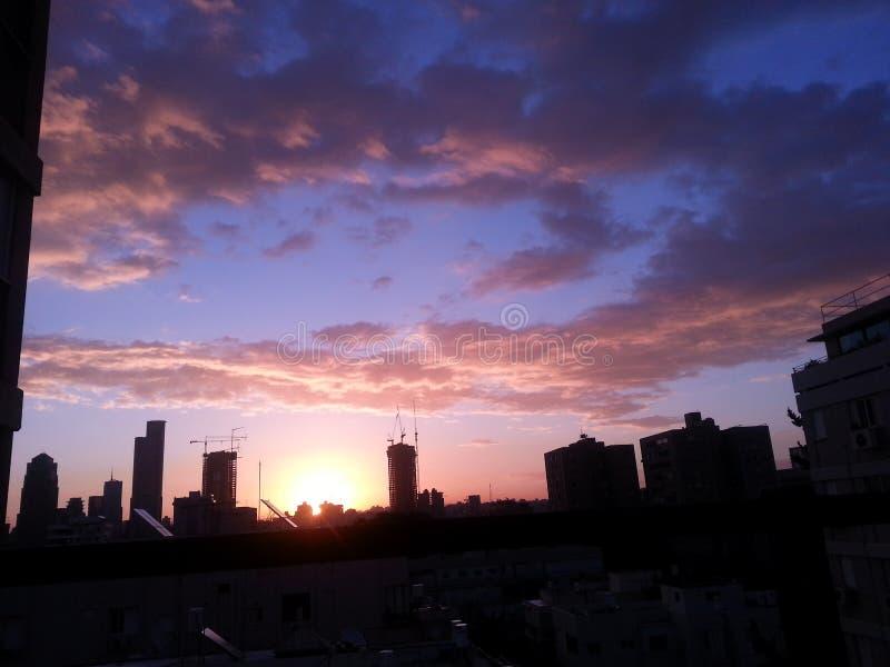 kleurrijk sunrised hemelfoto stock fotografie