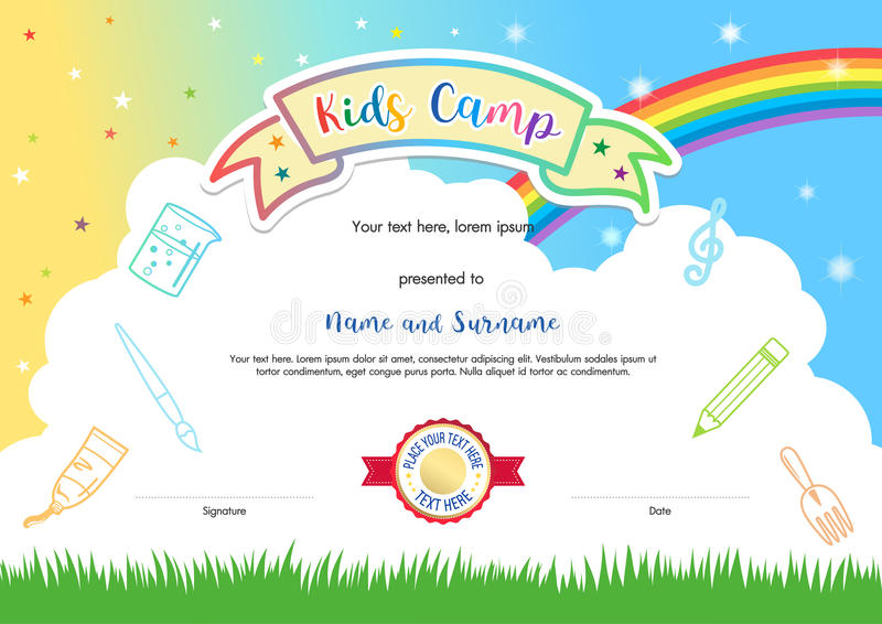 Kleurrijk van het het kampdiploma van de jonge geitjeszomer het certificaatmalplaatje in cartoo stock illustratie