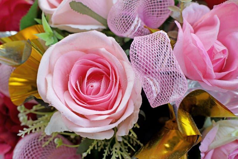 Kleurrijk van roze kunstbloem royalty-vrije stock afbeeldingen