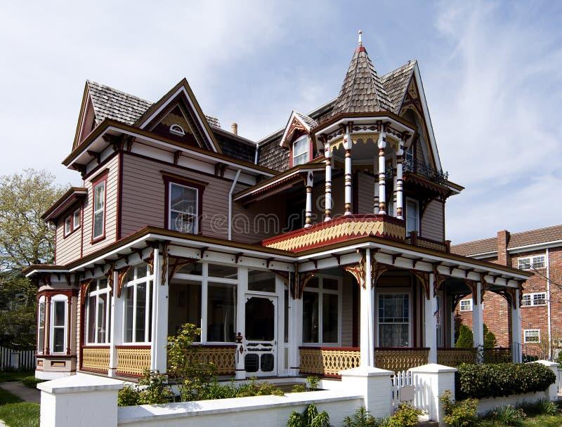 Kleurrijk Victoriaans stijlhuis royalty-vrije stock foto