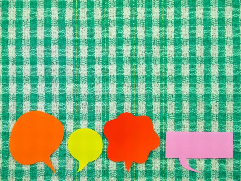 Kleurrijke Ballons (Groene Stoffenachtergrond) stock afbeeldingen