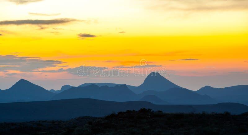 Kleurrijke bergen bij dageraad, Groot Krommings Nationaal Park, de Verenigde Staten van Amerika royalty-vrije stock afbeelding