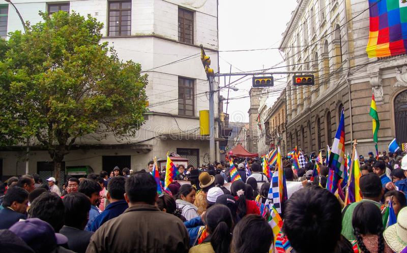 Kleurrijke Boliviaanse bazaar in La Paz, Bolivië royalty-vrije stock foto's