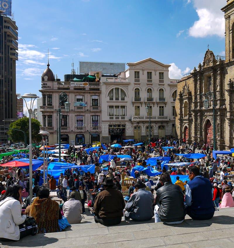 Kleurrijke Boliviaanse bazaar in La Paz royalty-vrije stock foto's