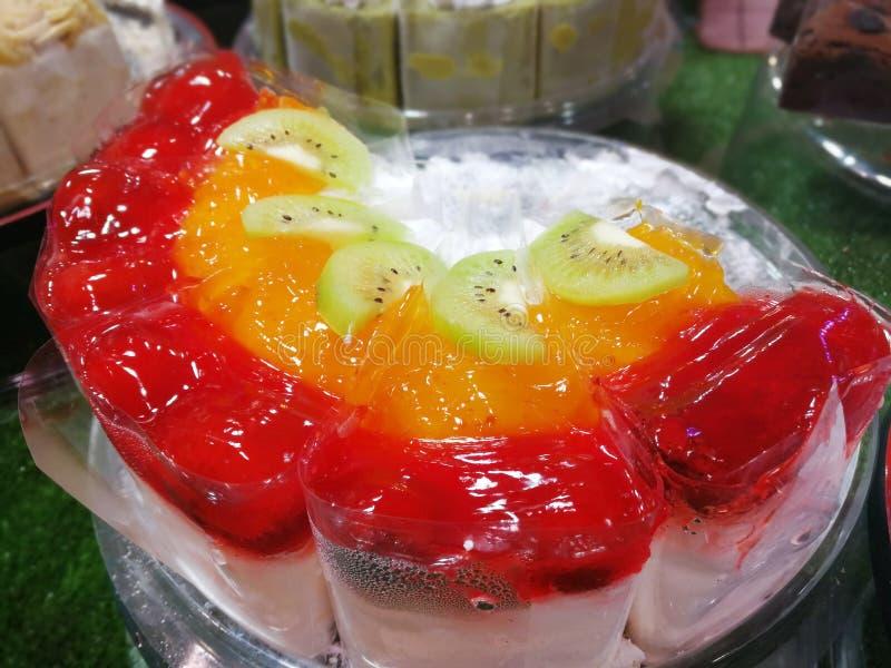 Kleurrijke cakestijl om te eten stock foto