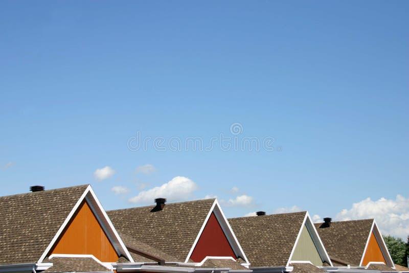 Download Kleurrijke daken stock foto. Afbeelding bestaande uit landelijk - 275366