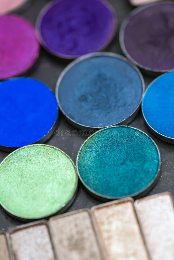 Kleurrijke de oogschaduwpaletten van de samenstelling royalty-vrije stock foto