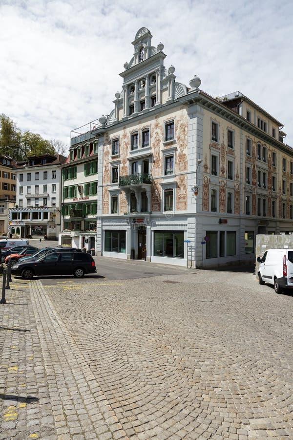 Kleurrijke en verfraaide gebouwen in Einsiedeln royalty-vrije stock afbeeldingen