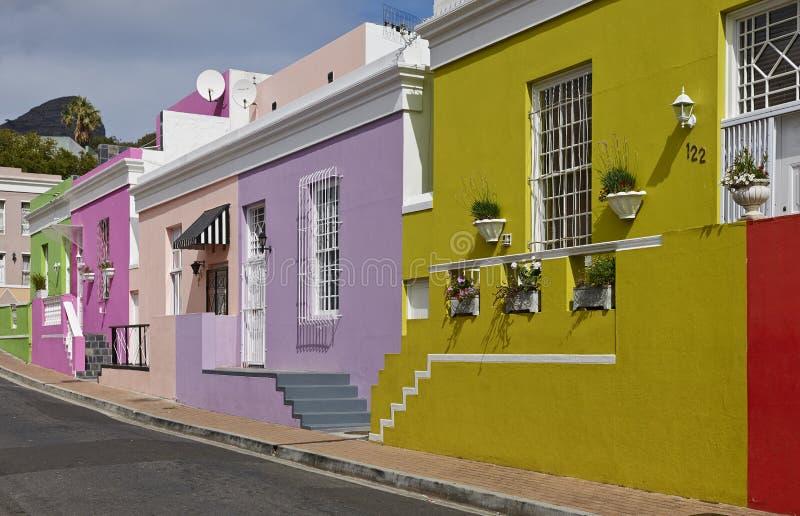 Kleurrijke gebouwen in BO-Kaap royalty-vrije stock afbeeldingen