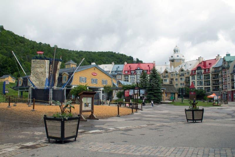 Kleurrijke gebouwen van Mont Tremblant 2 stock foto