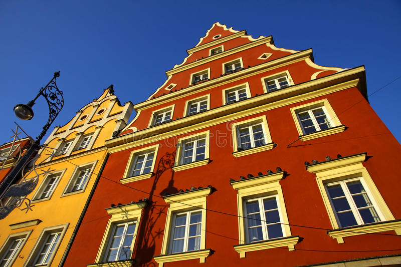 Kleurrijke gebouwen in Wroclaw stad, Polen royalty-vrije stock foto's