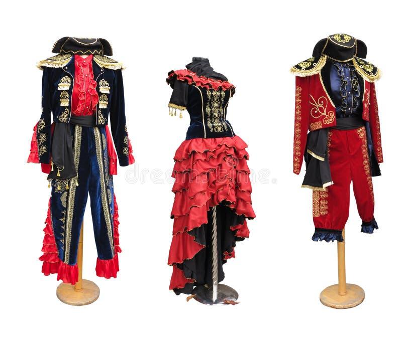 Kleurrijke gestileerde Spaanse middeleeuwse kostuumkleren op ledenpop stock foto