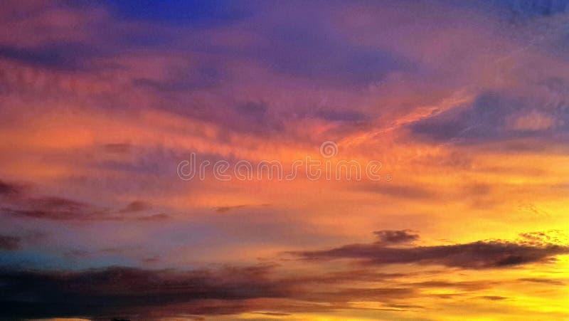 Kleurrijke hemel royalty-vrije stock afbeeldingen