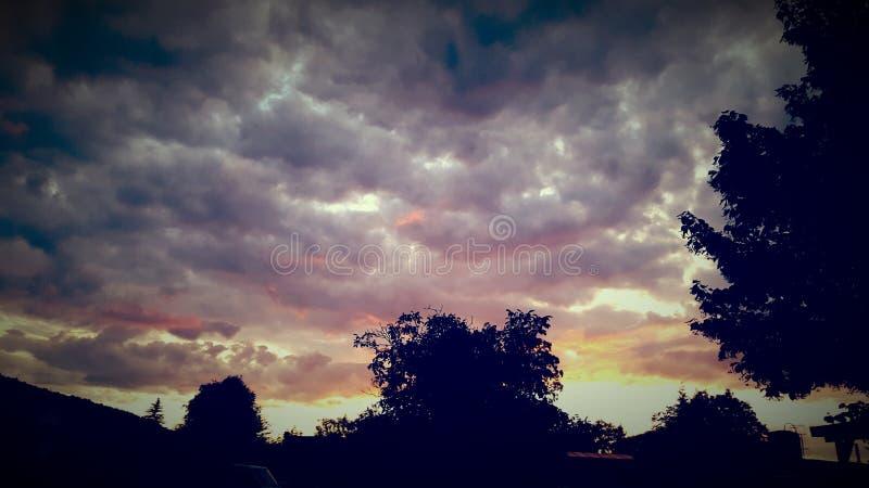 Kleurrijke hemel stock afbeeldingen