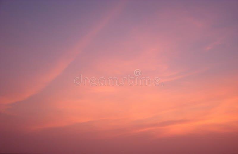 Kleurrijke hemel in Dawn - Abstracte Achtergrond stock afbeelding