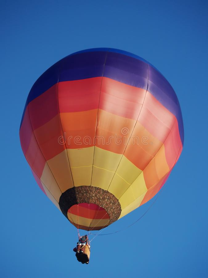 Kleurrijke hete luchtballon stock fotografie