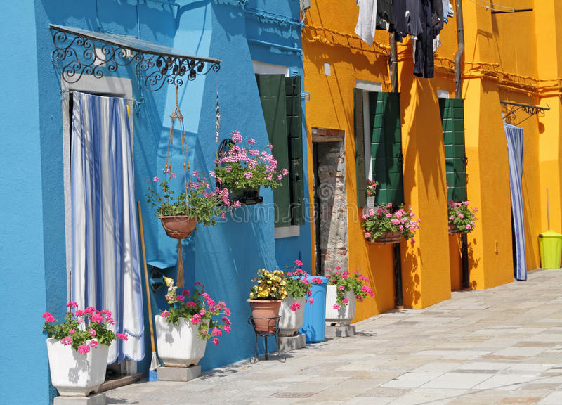Kleurrijke huizen in dorp Burano, stock fotografie