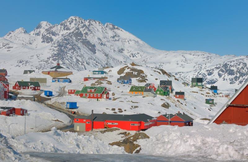 Kleurrijke huizen in Groenland stock foto