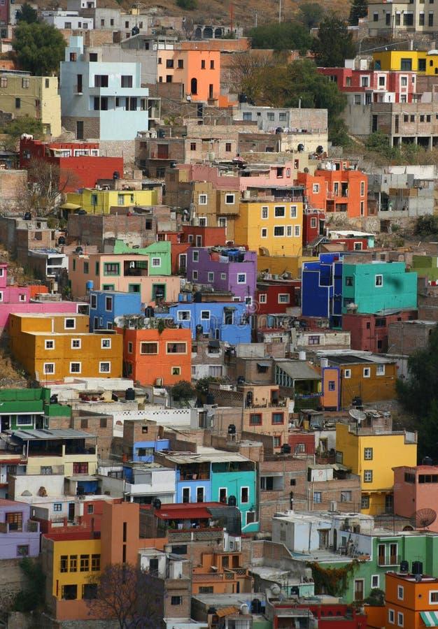 Kleurrijke huizen in Guanajuato royalty-vrije stock afbeeldingen