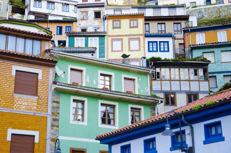 Kleurrijke huizen. stock afbeeldingen