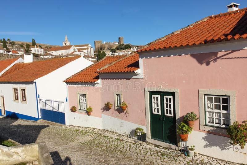 Kleurrijke huizen. Obidos. Portugal royalty-vrije stock foto