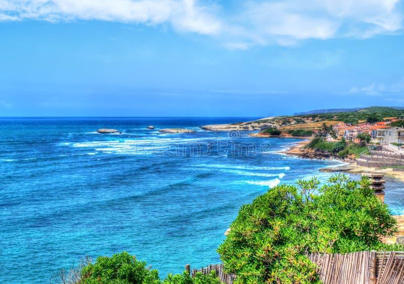 Download Kleurrijke Kustlijn In Sardinige Stock Foto - Afbeelding bestaande uit paradijs, mooi: 54079166