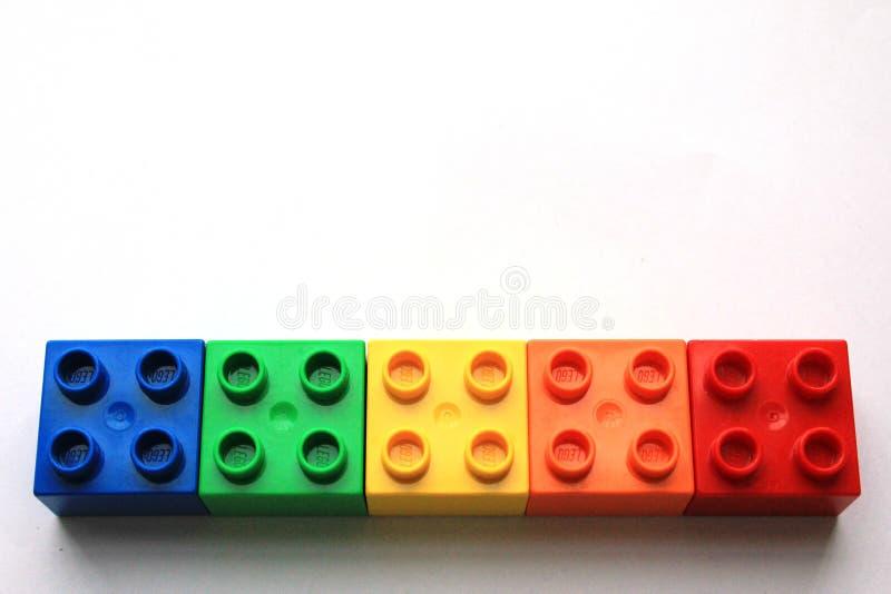 Kleurrijke LEGO-blokken op witte achtergrond royalty-vrije stock foto's