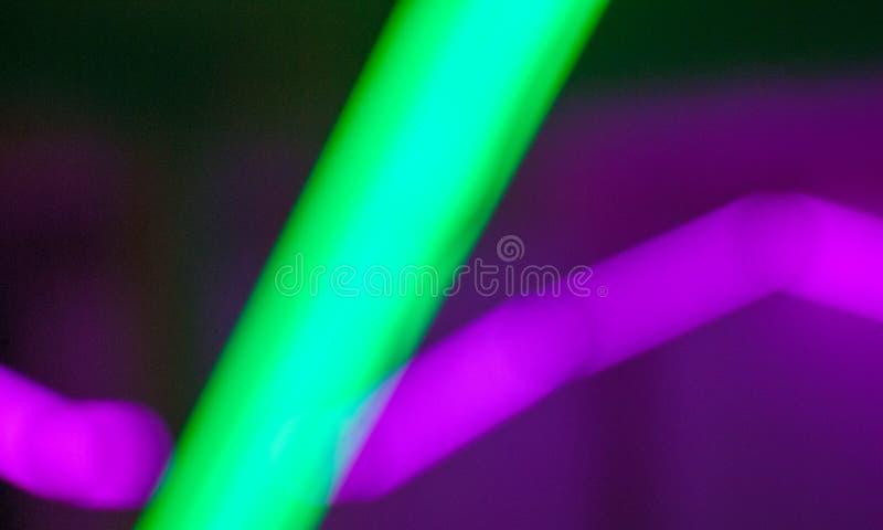 Kleurrijke lijnen van lichten in langzame blindsnelheid, abstracte foto royalty-vrije stock afbeelding