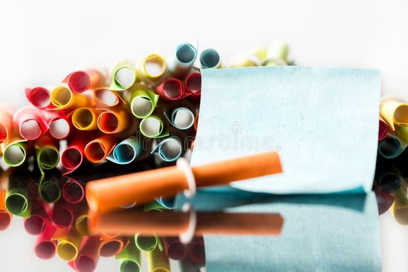 Kleurrijke loterijkaartjes, leeg Kaartje met copyspace stock afbeelding
