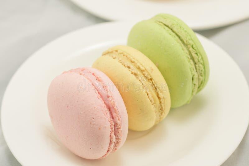 Download Kleurrijke macaron stock foto. Afbeelding bestaande uit gastronomie - 39117996