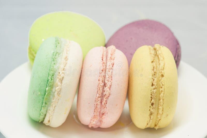 Download Kleurrijke macaron stock foto. Afbeelding bestaande uit cake - 39118092