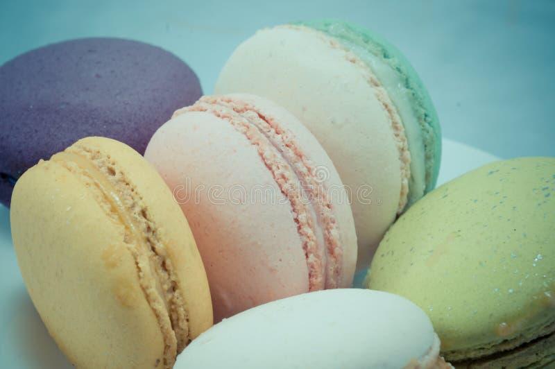 Download Kleurrijke macaron stock afbeelding. Afbeelding bestaande uit dessert - 39118161
