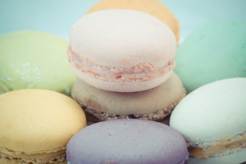 Download Kleurrijke macaron stock afbeelding. Afbeelding bestaande uit achtergrond - 39118239