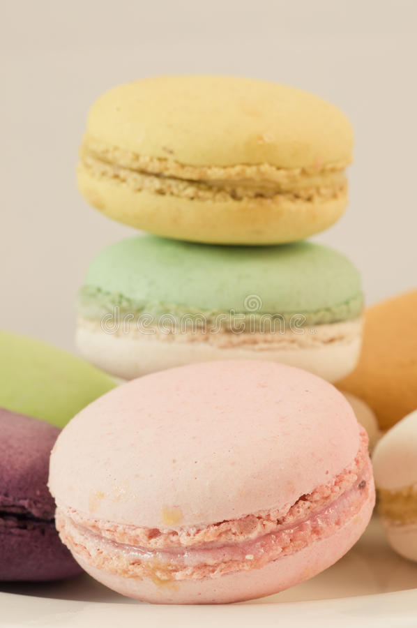 Download Kleurrijke macaron stock afbeelding. Afbeelding bestaande uit voedsel - 39118279