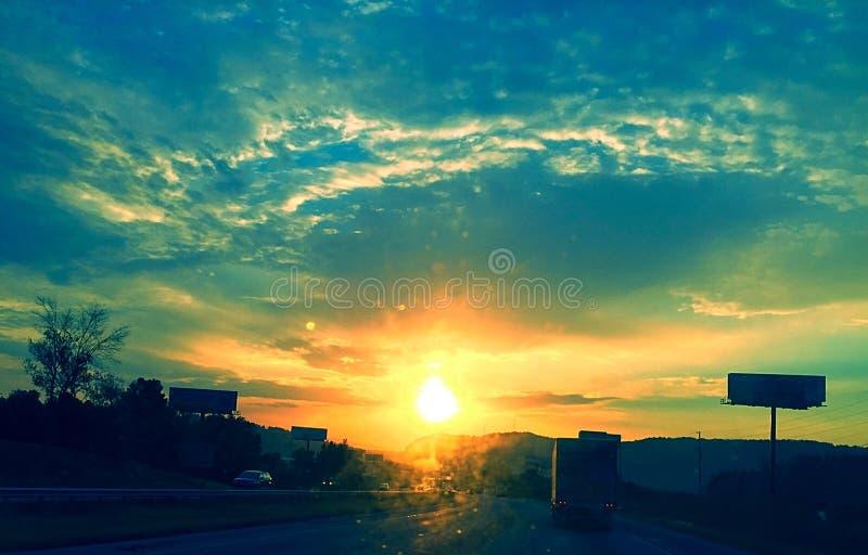Kleurrijke ochtendzonsopgang royalty-vrije stock foto