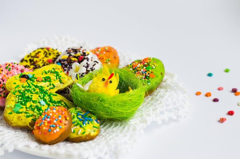 Kleurrijke Pasen koekjes royalty-vrije stock afbeelding