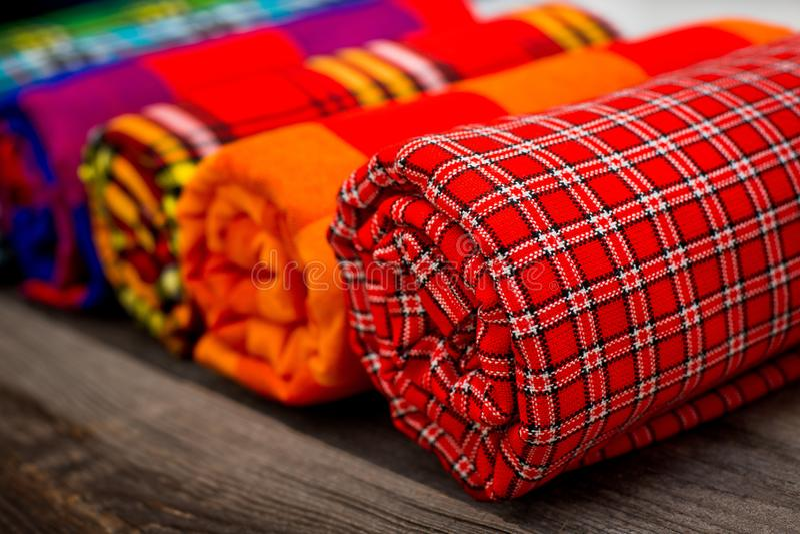 Kleurrijke plaiden van de Masai-stam Afrikaanse dekens van Kenia en Tanzania royalty-vrije stock foto's