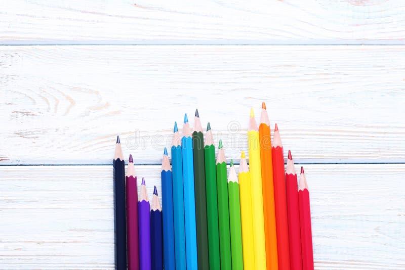 Kleurrijke Potloden stock afbeeldingen