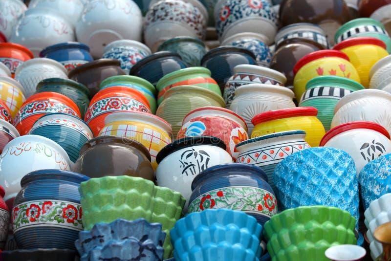 Kleurrijke potten royalty-vrije stock afbeelding