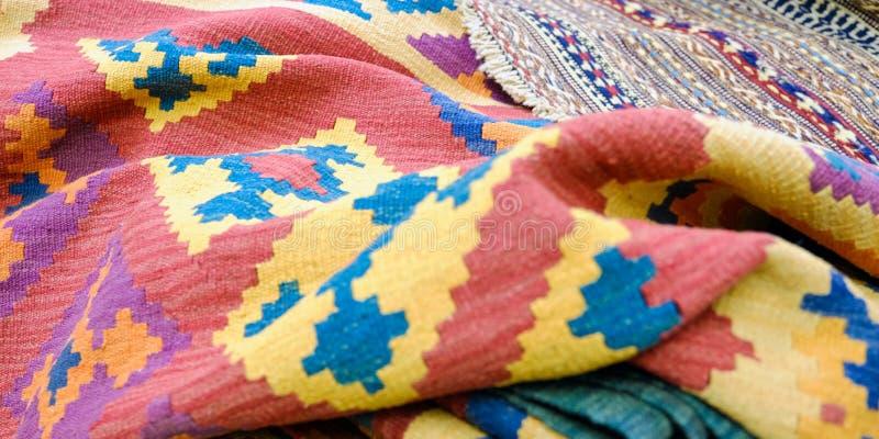 Kleurrijke traditionele Peruviaanse stijl, de oppervlakte van de close-updeken stock afbeelding