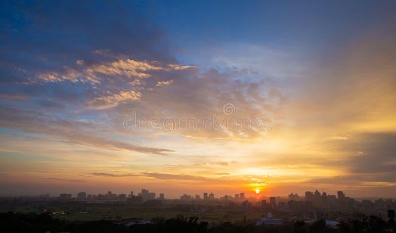 Kleurrijke Trillende Zonsopgang Durban Zuid-Afrika stock afbeeldingen