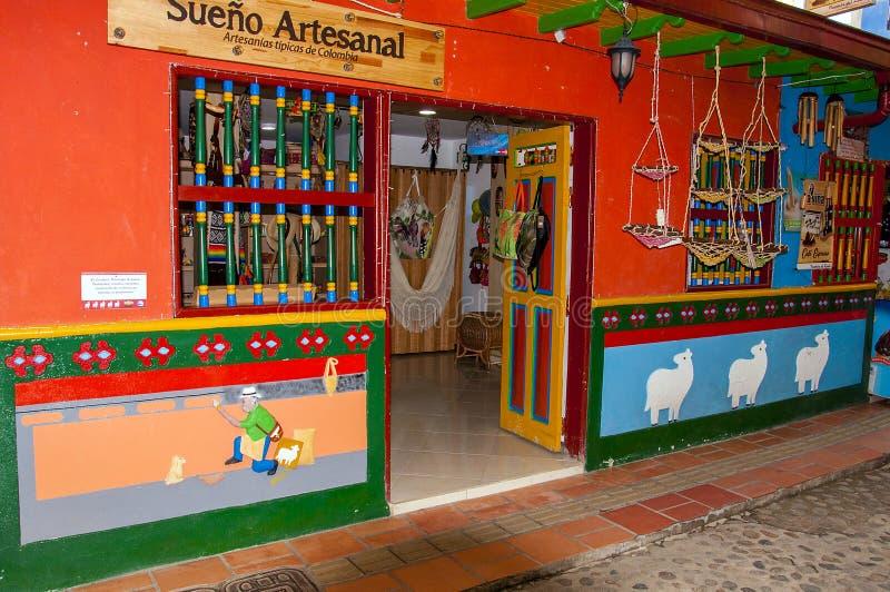 Kleurrijke voorgevel in Guatape royalty-vrije stock foto's